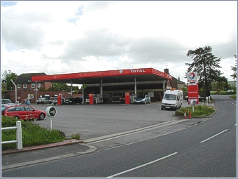 total petrol station service station special offers car wash garage budgens express. Black Bedroom Furniture Sets. Home Design Ideas